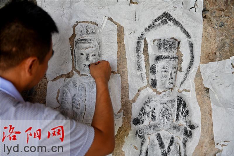 """伊滨区非物质文化遗产:圆雕传拓技艺 让历史在纸张上""""复活"""""""