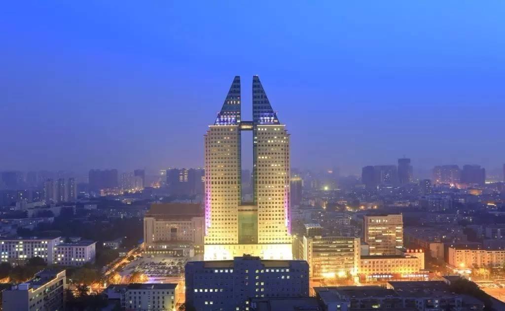 12.8亿起拍 郑州裕达国贸下月拍卖资产